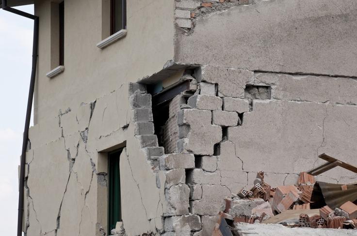 earthquake-1665885_1280